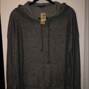 American Eagle Plush Grey Sweatshirt NWT